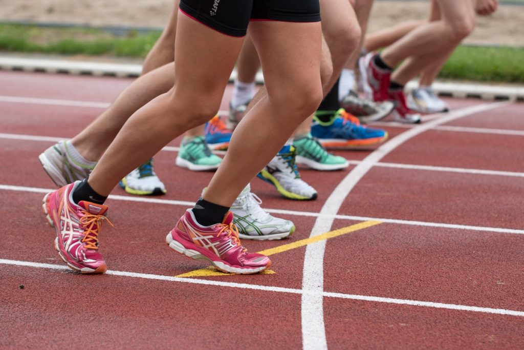 Logical fallacies in the running shoe debate: let the